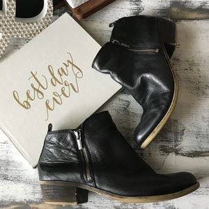 Lucky Brand basel ankle booties sz 10M